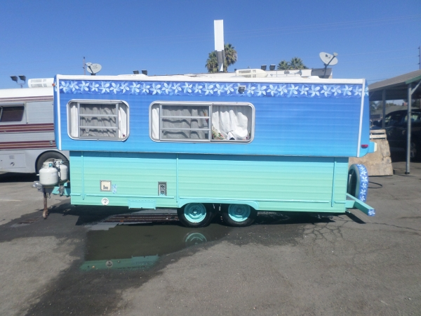 1978 Hilo Pop Up Vintage Trailer Retro Camper