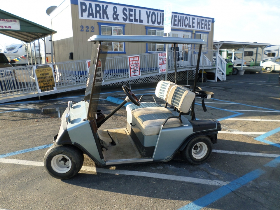 EZ-GO Golf Cart 1985
