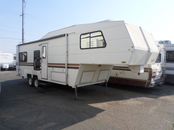 Alpenlite 5th Wheel 1987