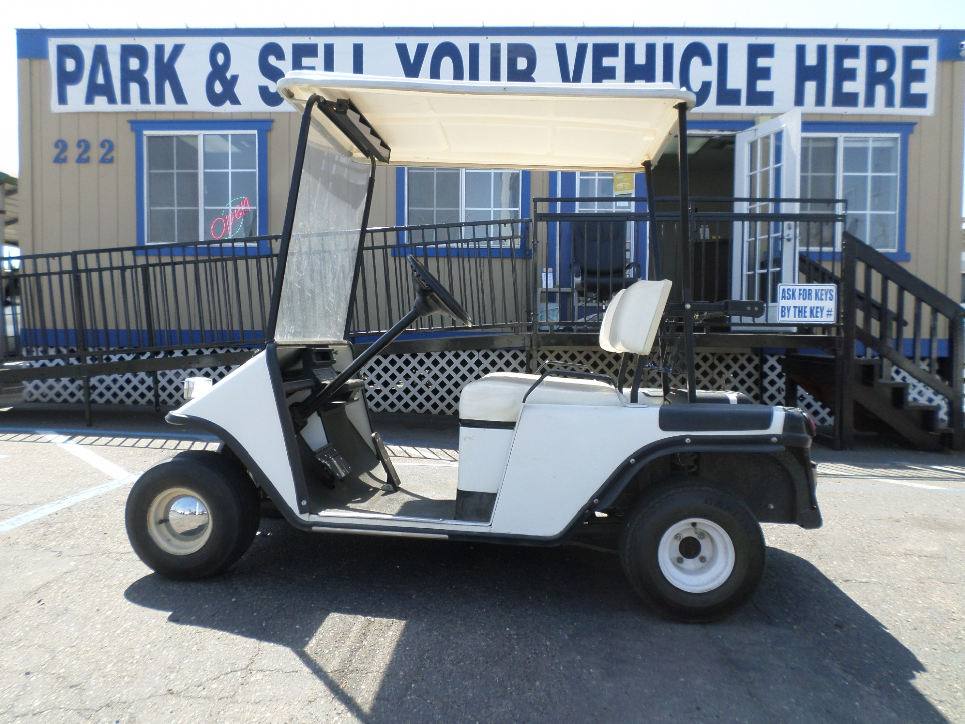 EZ-GO Gas Golf Cart 1988