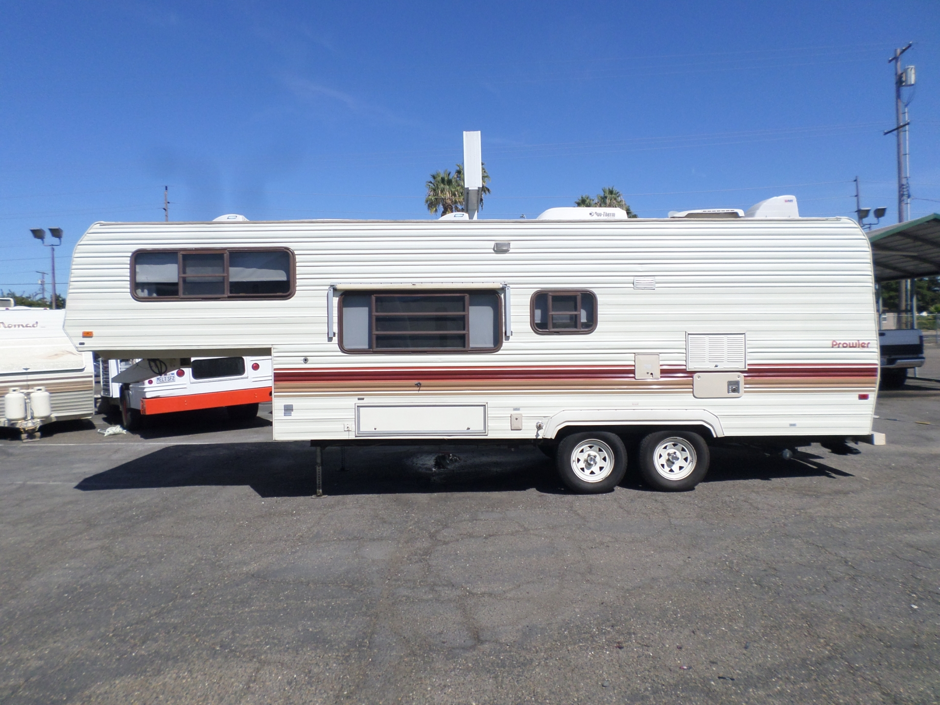 Fleetwood Prowler Fifth Wheel 255K 1988