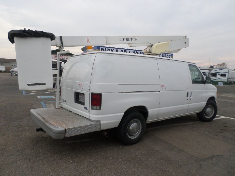 Commercial Equipment For Sale 1995 Ford E 350 Bucket Van