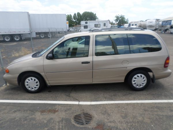 FORD WINDSTAR GL 1998