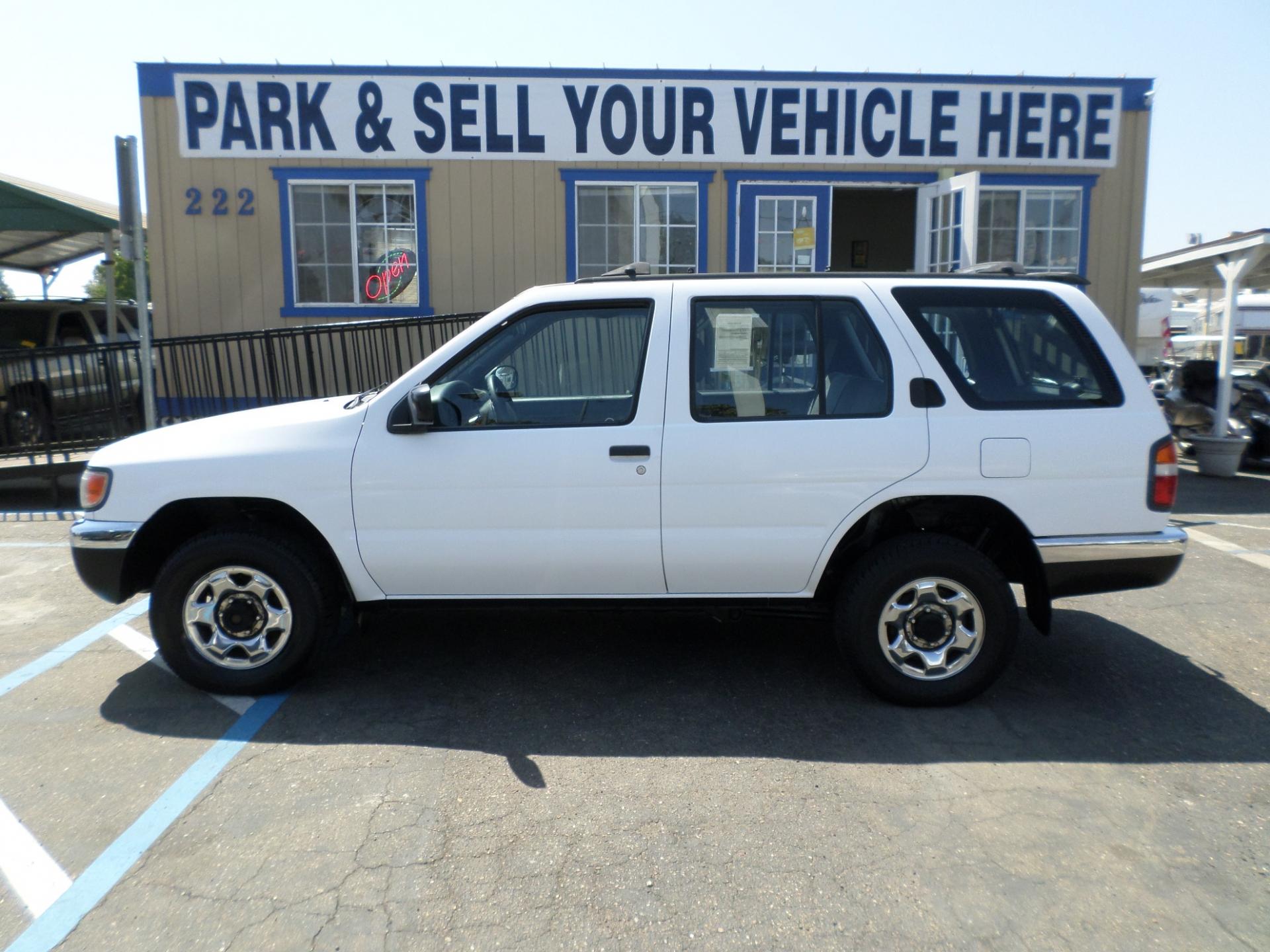 SUV for sale 1998 Nissan Pathfinder SE in Lodi Stockton CA Lodi