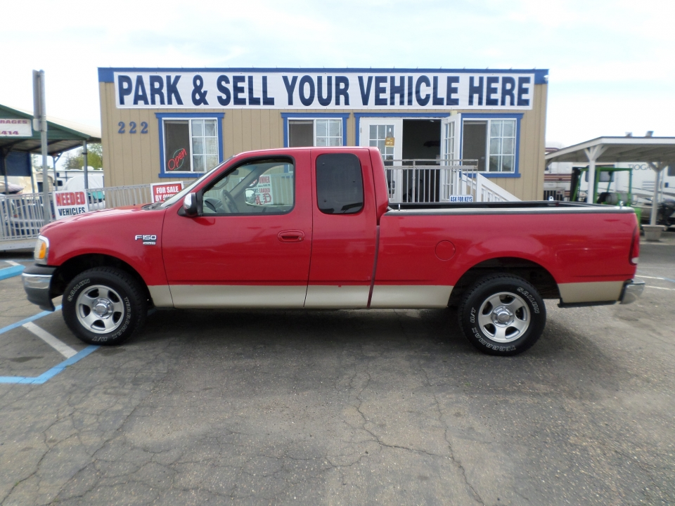 Truck for sale: 2000 Ford F-150 XLT in Lodi Stockton CA - Lodi Park ...