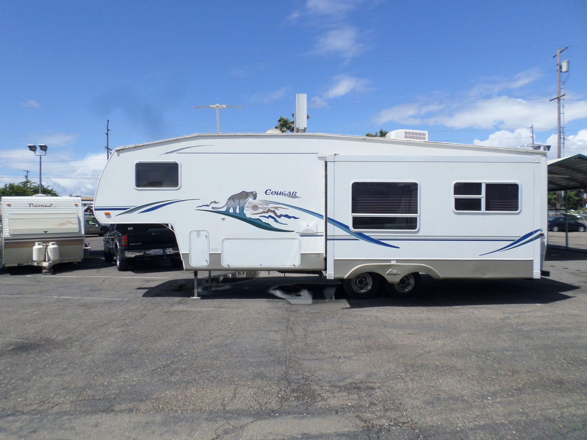 2000 Keystone Cougar 5th Wheel