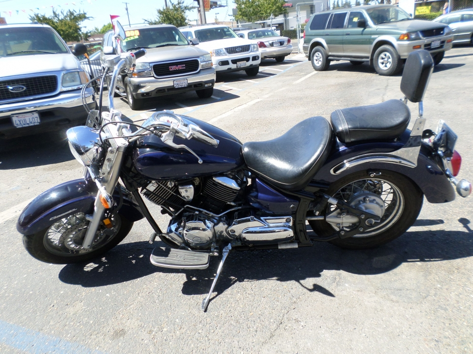 Motorcycle for sale: 2001 Yamaha V Star 1100 Classic Touring