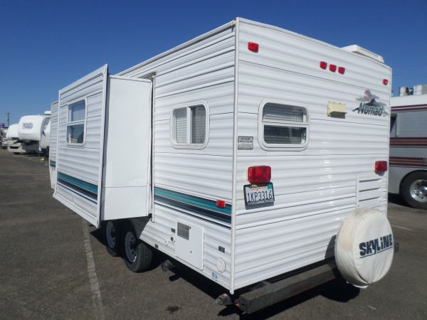 SKYLINE NOMAD TRAILER 2002