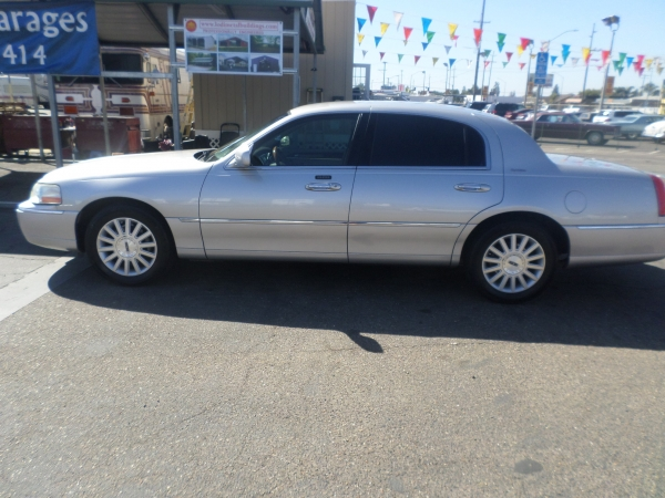 Car For Sale 2003 Lincoln Town Car Signature In Lodi Stockton Ca