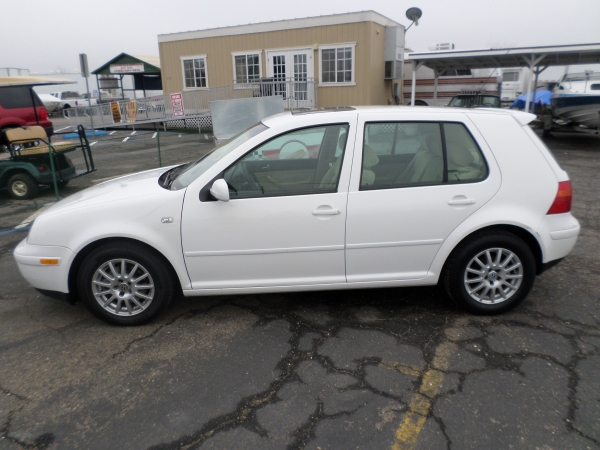 Volkswagen GOLF HATCHBACK 2003