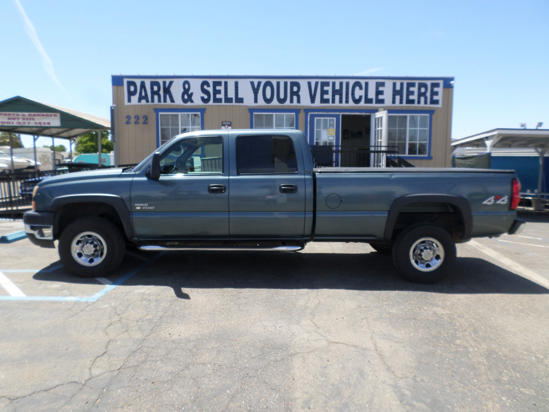 Chevrolet Silverado 3500 Crew Cab 4x4 Long Bed Diesel 2006