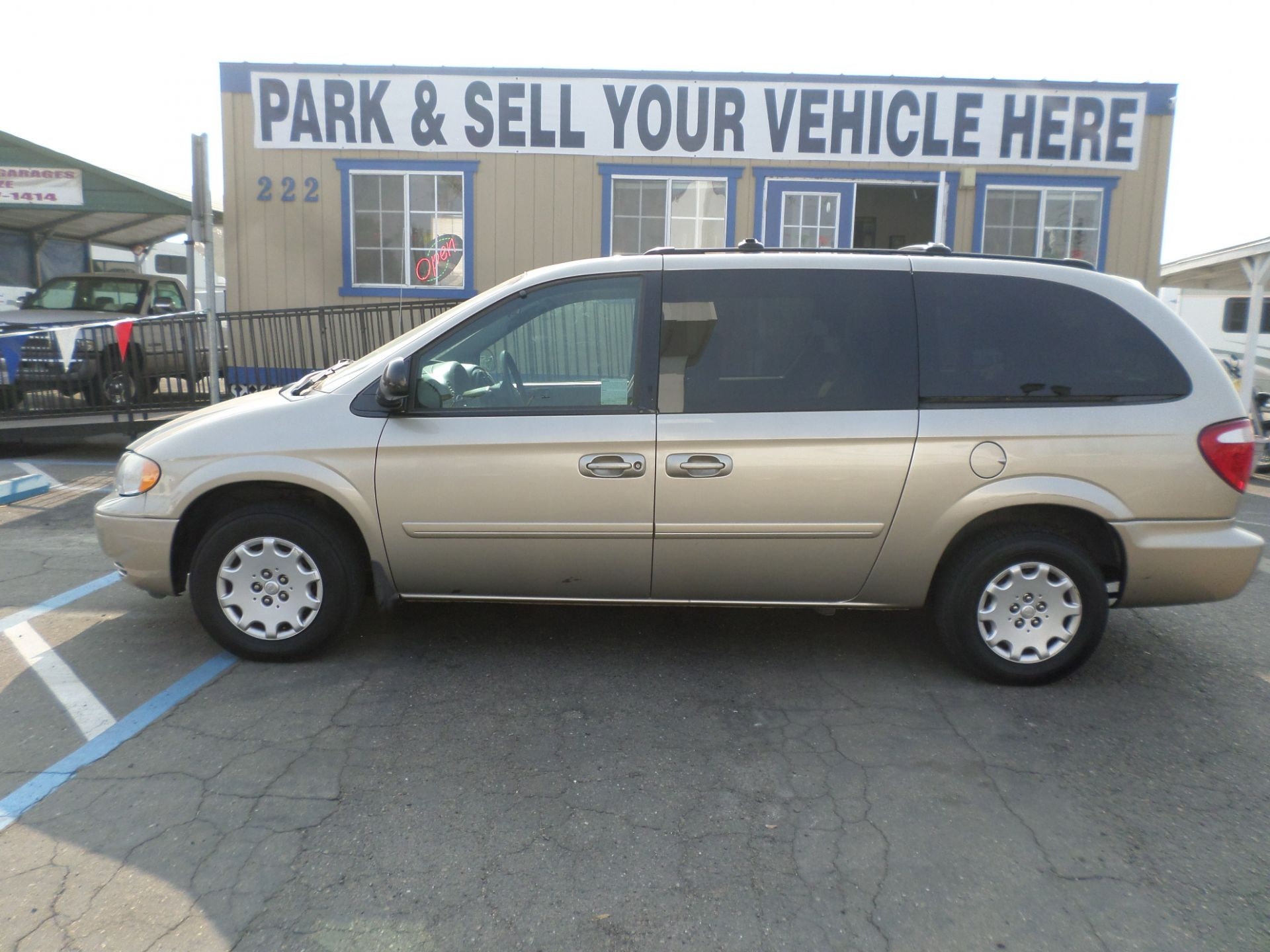Chrysler Town and Country 2004