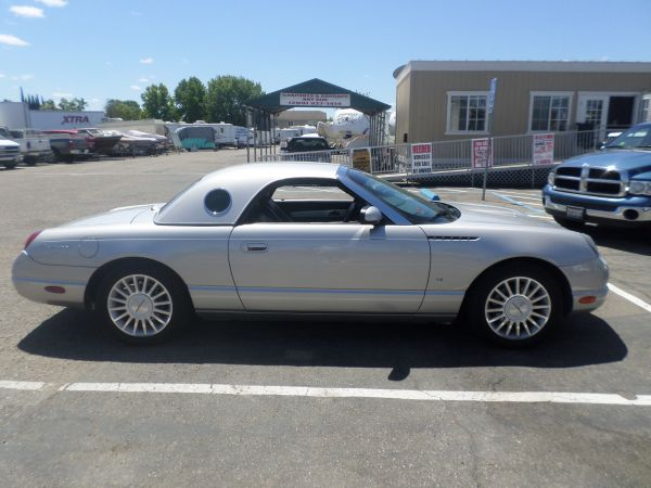 2004 ford thunderbird for sale 15300 lodi stockton. Black Bedroom Furniture Sets. Home Design Ideas