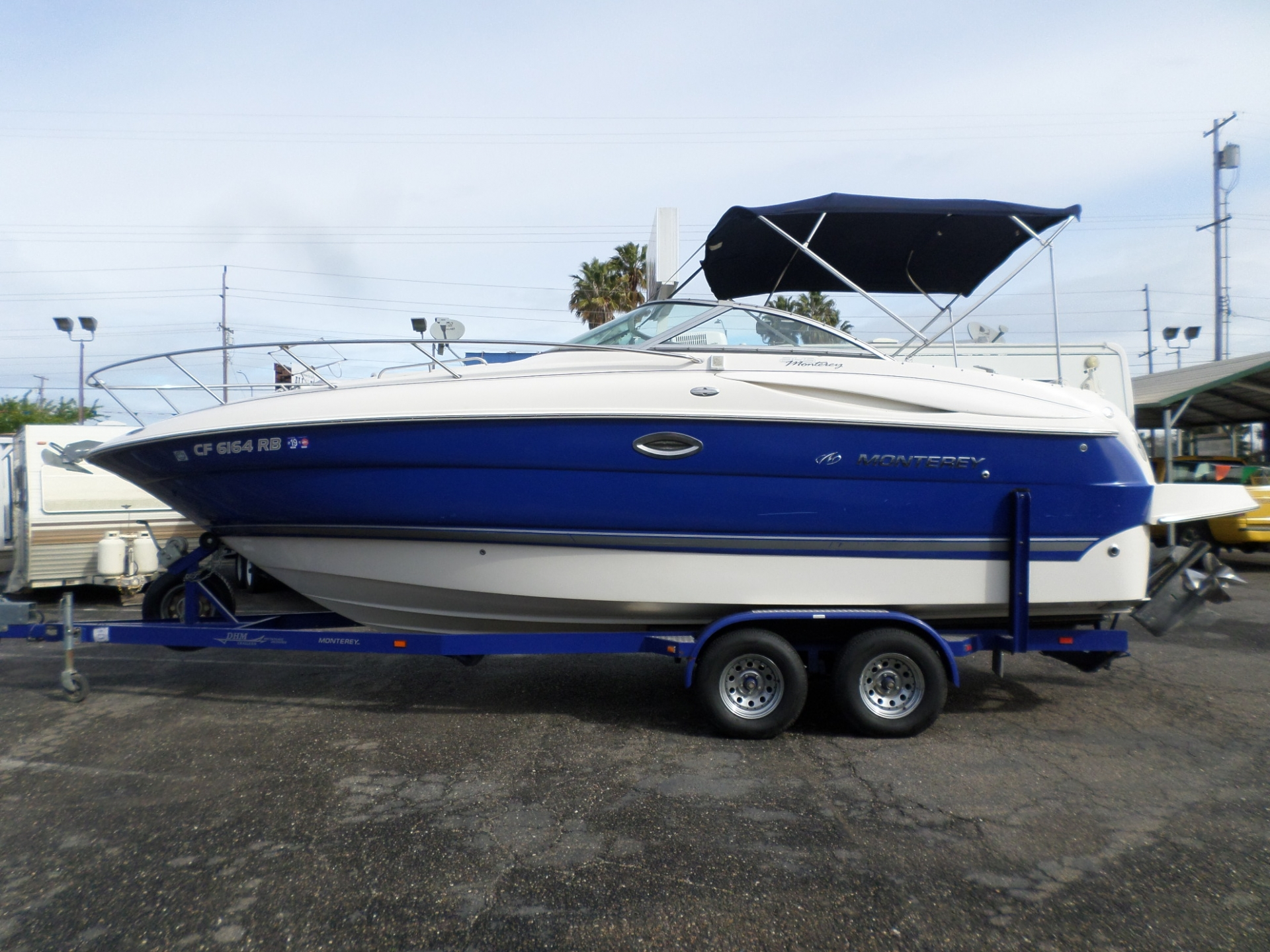 2004 Monterey 245CR Cruiser