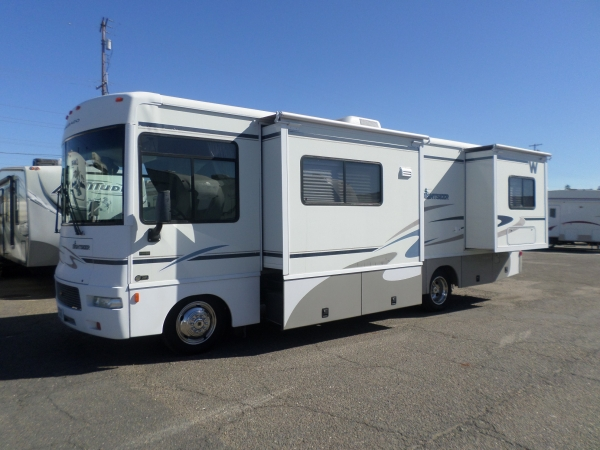 Winnebago Sightseer 29R 2005