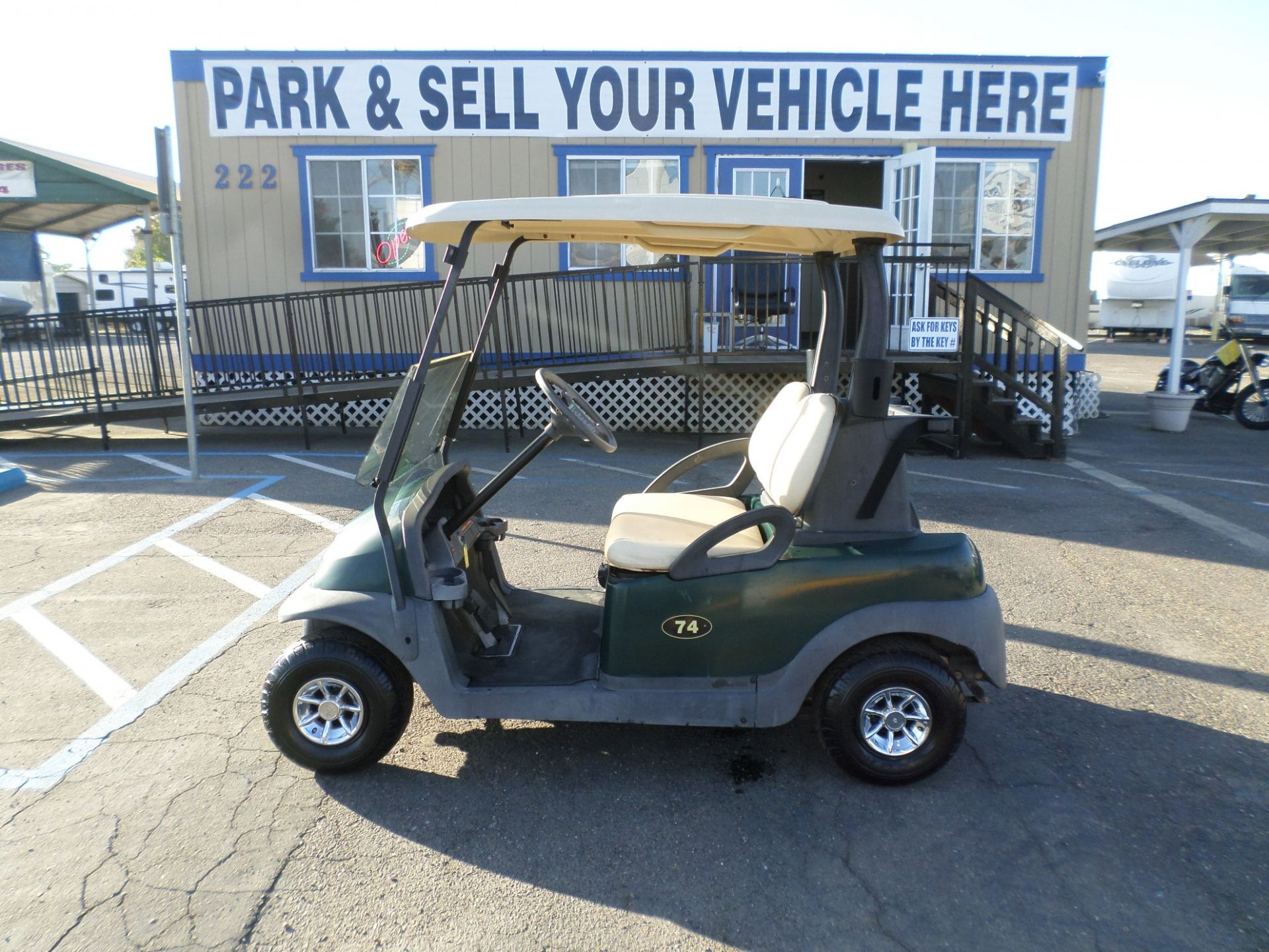 2006 Club Car President Golf Cart