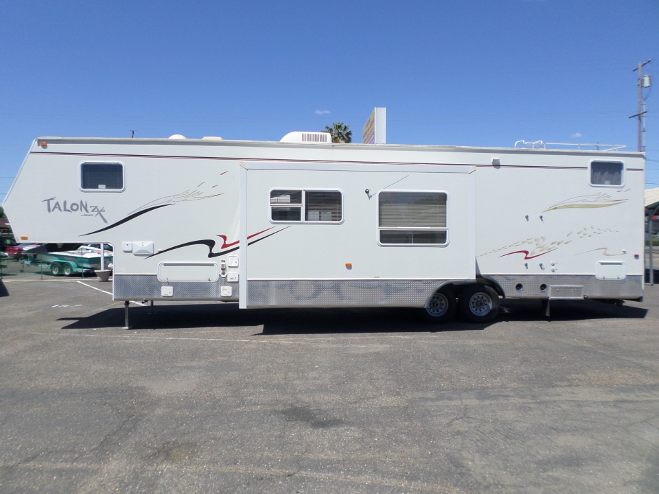 2006 Jayco Talon ZX Toy Hauler 5th Wheel