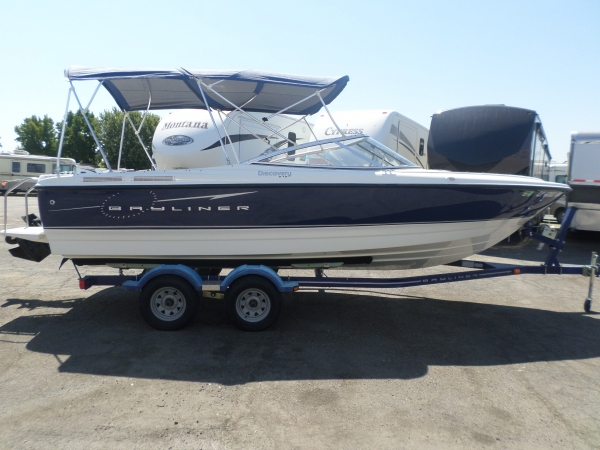 Bayliner Discovery  BR 2007