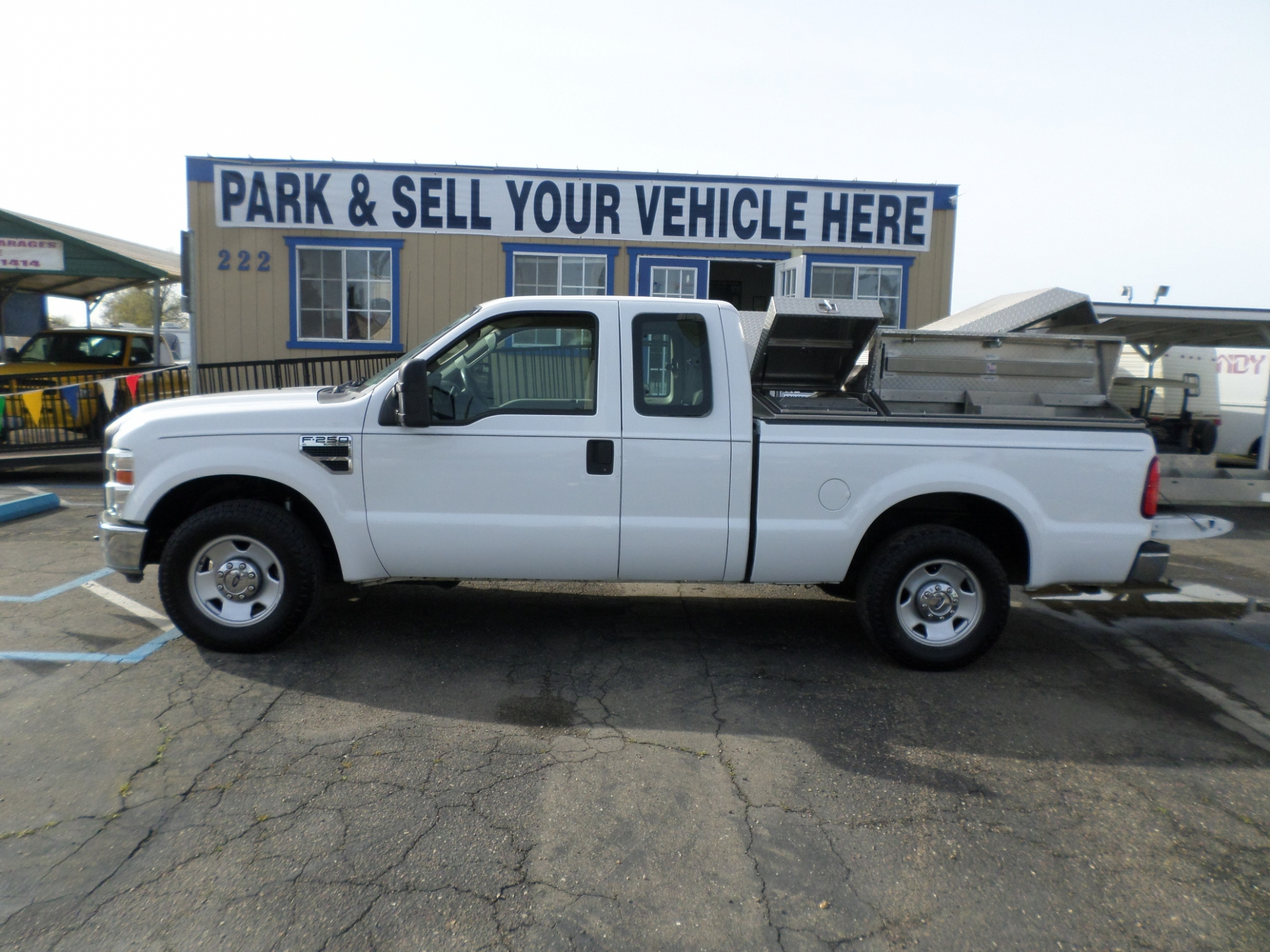Ford F250 XL Work Truck 2008