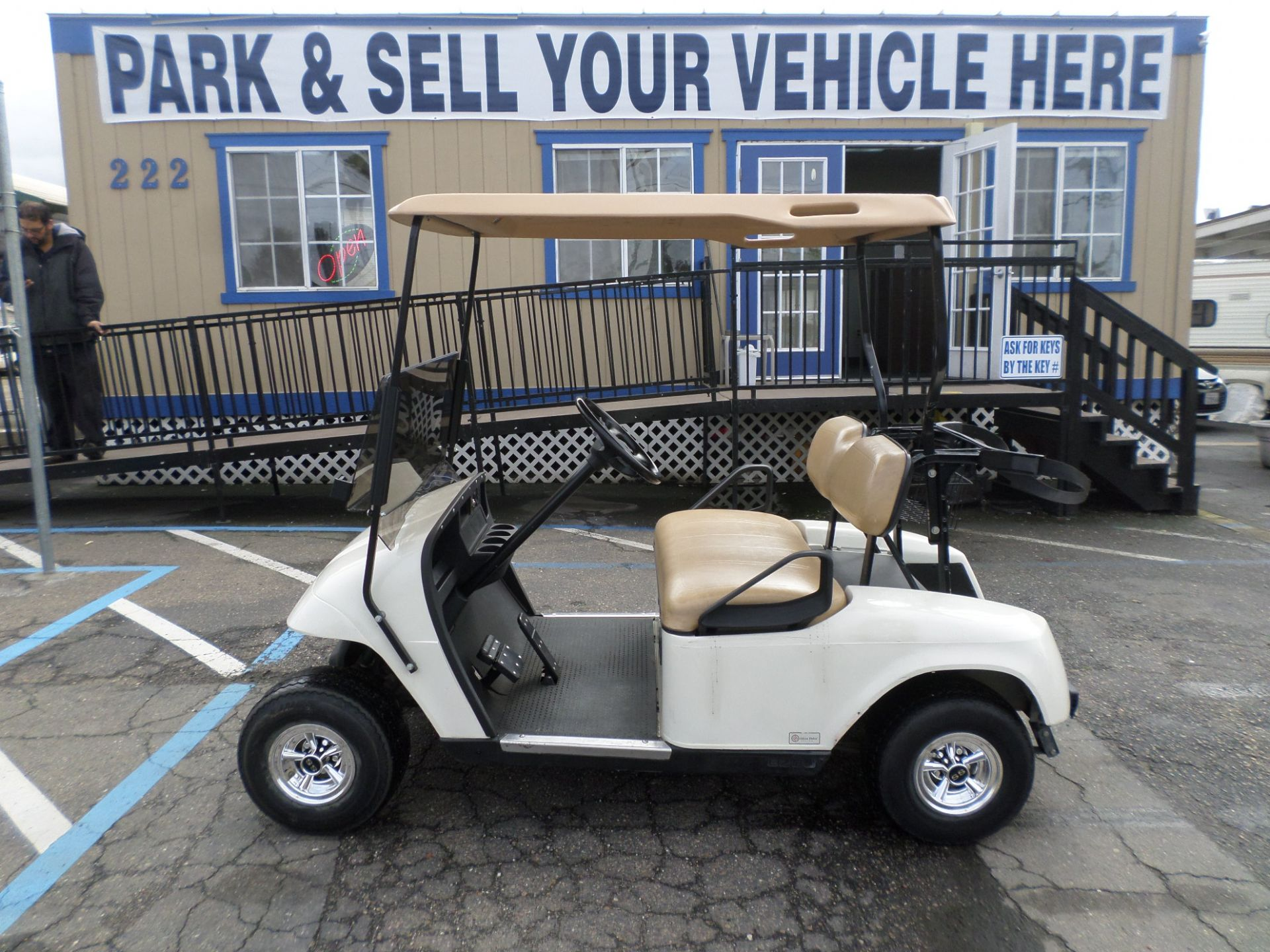 EZ-GO 36V Golf Cart 2009
