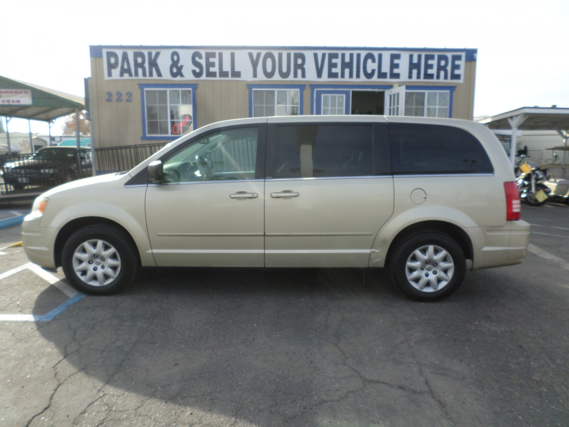 Chrysler Town and Country 2010
