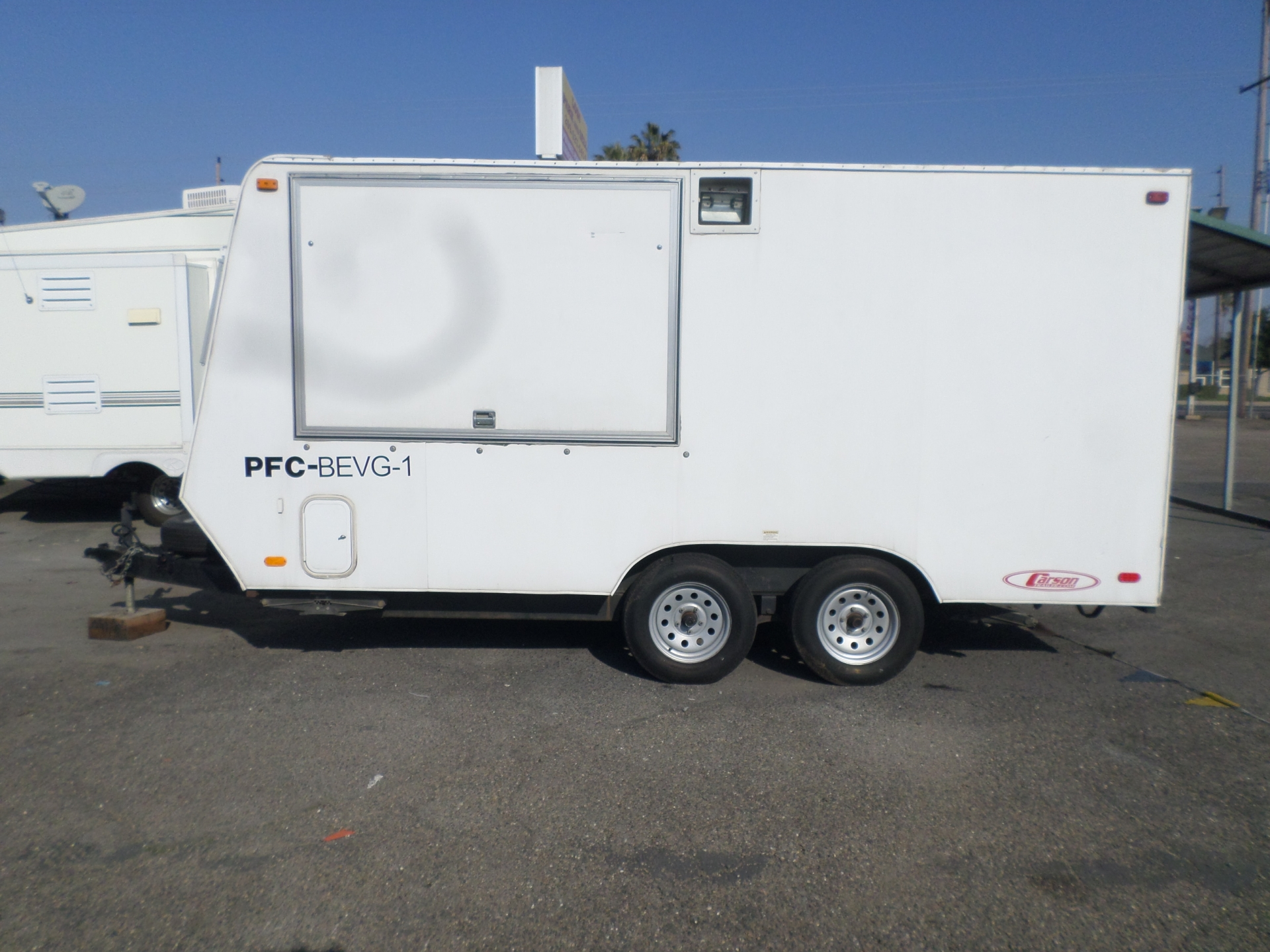 Used Food Trucks For Sale Under 5000 >> Commercial equipment for sale: 2014 Carson Food Vendor ...