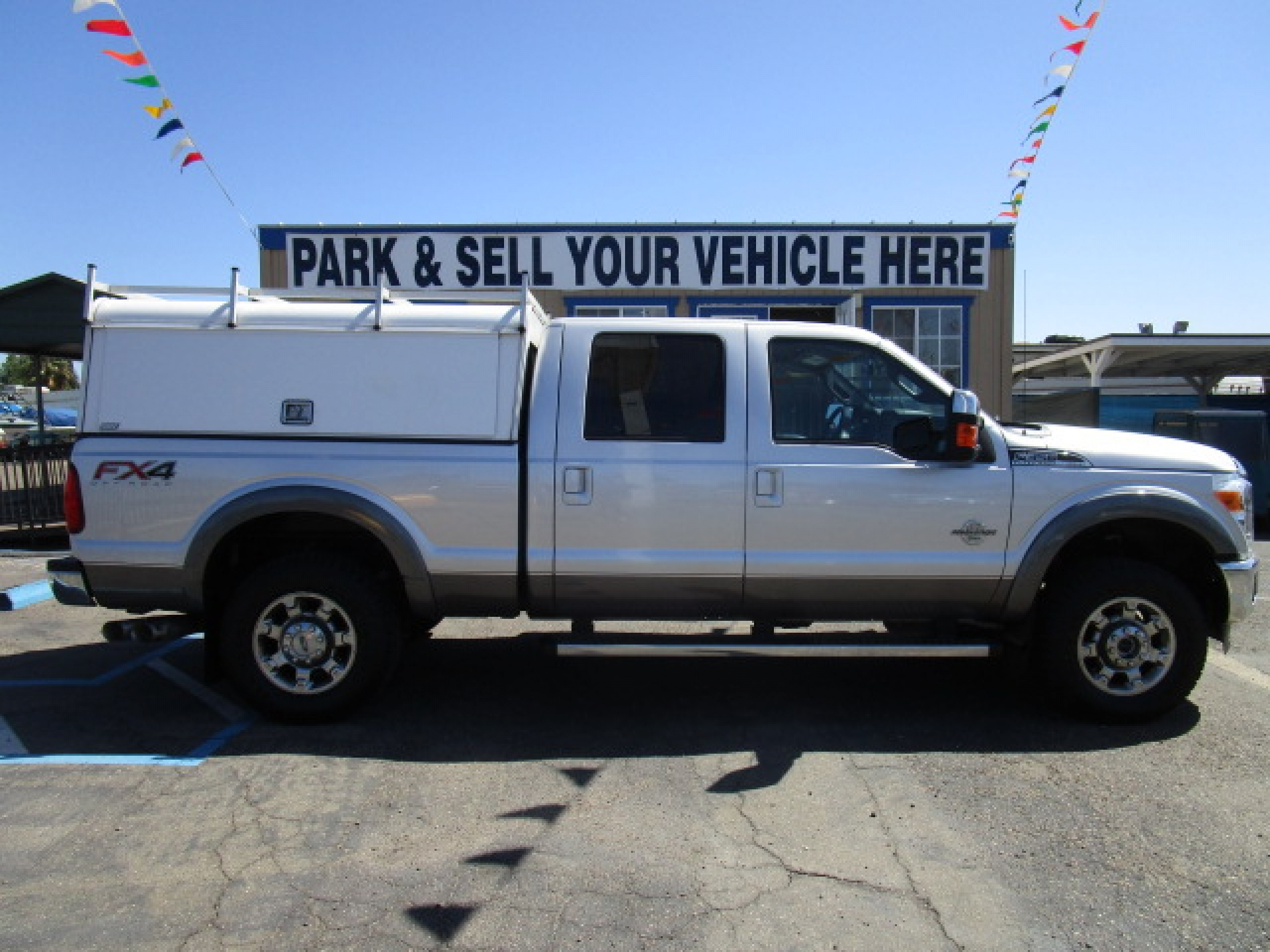 Ford Power Stroke 4x4 F-350 Crew Cab Shortbed Lariat 2014