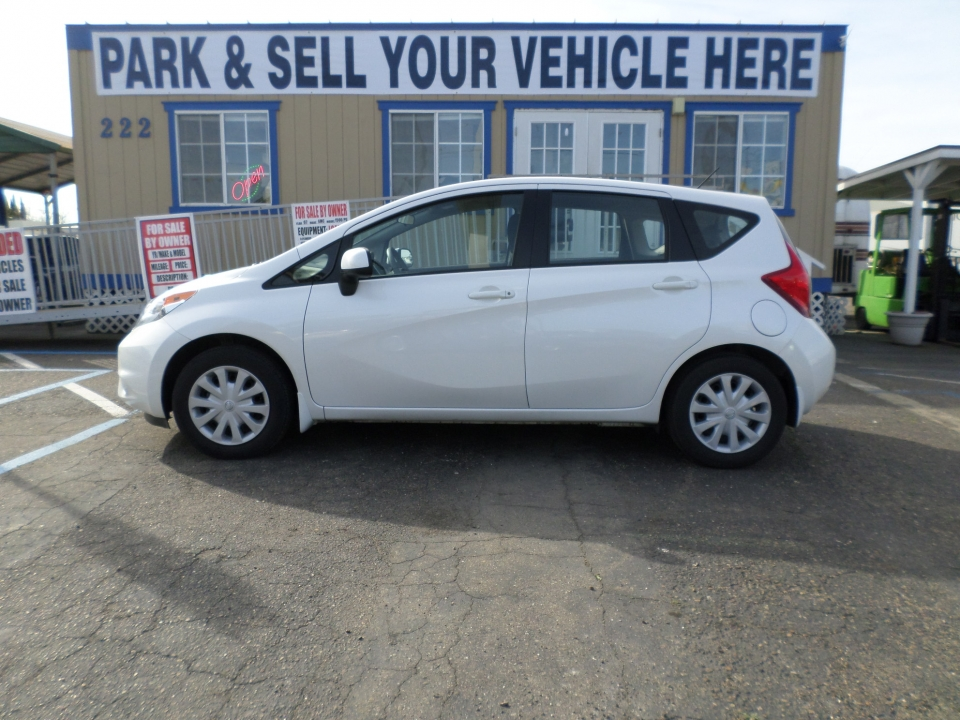 2014 Nissan Versa Note S Plus Hatchback