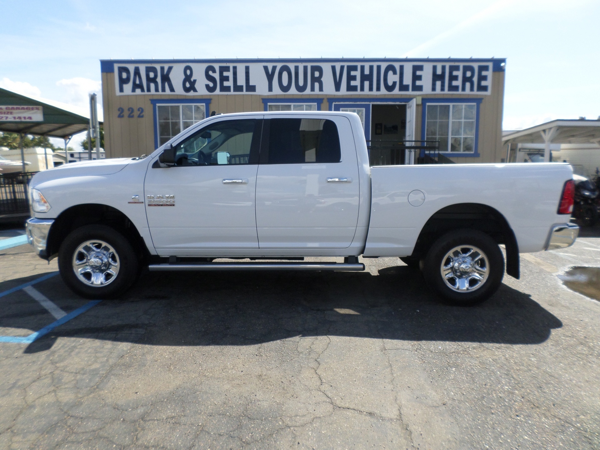 Dodge 3500 4x4 SLT Turbo-Diesel 2015