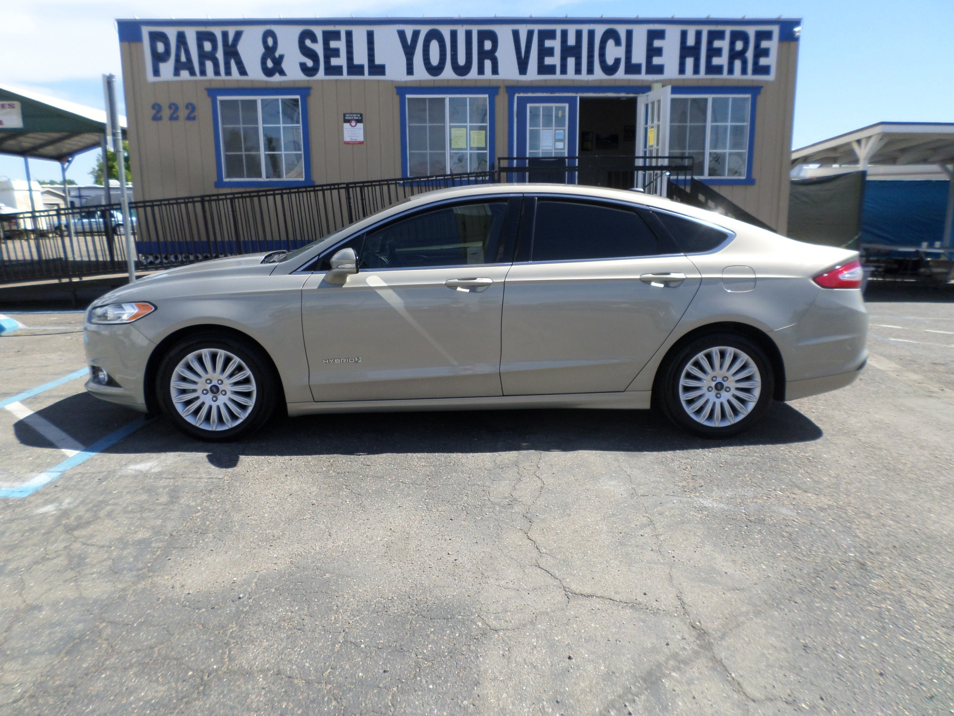 Ford Fusion Hybrid SE Turbo 2015