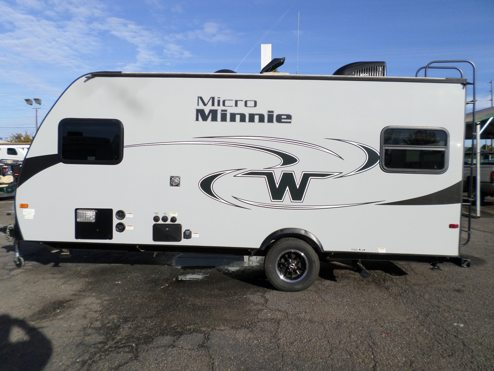 Winnebago Micro Minnie 2017