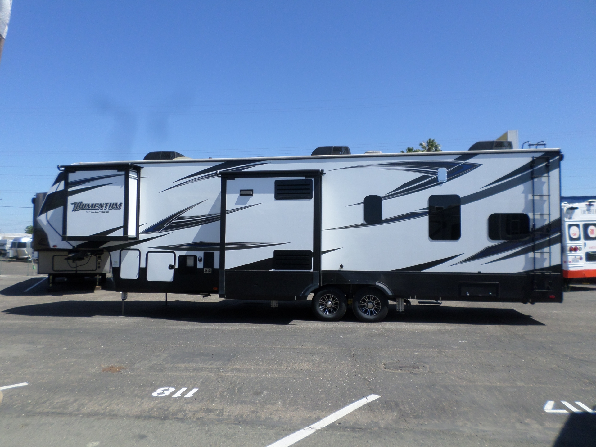 2017 Grand Design Momentum M350 5th Wheel Toy hauler