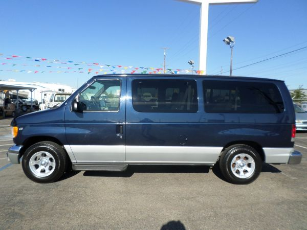 van for sale 2002 ford e150 passenger van in lodi. Black Bedroom Furniture Sets. Home Design Ideas