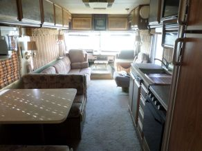 1988 Fleetwood Bounder Motorhome Photo 5