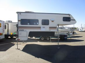1991 Lance Squire LS6000 Cab Over Camper Photo 1