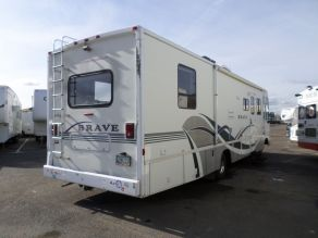 1998 Winnebago Brave Photo 3