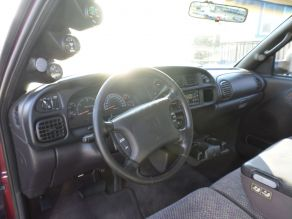 2001 Dodge 2500 SLT Lariat Extended Cab Photo 4