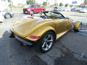 2002 Chrysler Prowler Photo 3