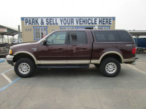 2001 Ford F150 4x4 SuperCrew Cab Photo 1