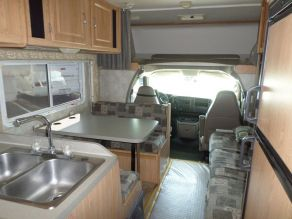 2005 Coachman Freedom Photo 3