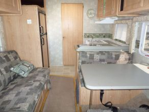 2005 Coachman Freedom Photo 4