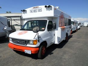 2006 Ford E450 Food Truck Photo 2