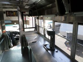 2006 Ford E450 Food Truck Photo 5