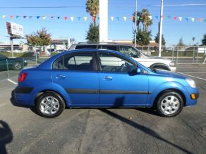 2007 Kia Rio LX Photo 3