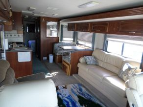 2008 Fleetwood Fiesta LX 34G Class A Motorhome Photo 4