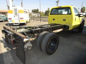 2011 Ford F550 Cab  Chassis Photo 3