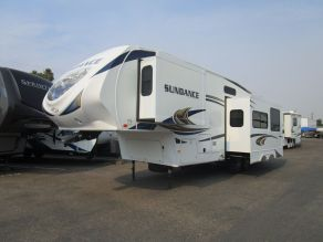 2013 Heartland Sundance 3000CK 5th Wheel Photo 2