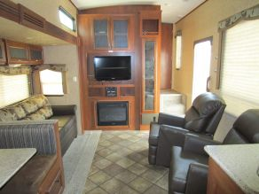 2013 Heartland Sundance 3000CK 5th Wheel Photo 5