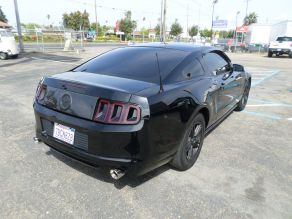 2014 Ford Mustang Photo 3