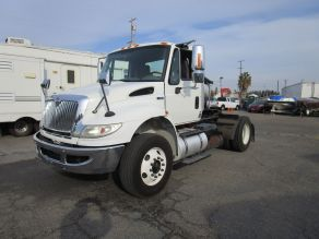 2014 International 4400 Day Cab Truck Tractor